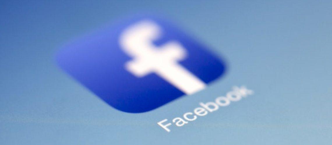 stay-consistent-social-media